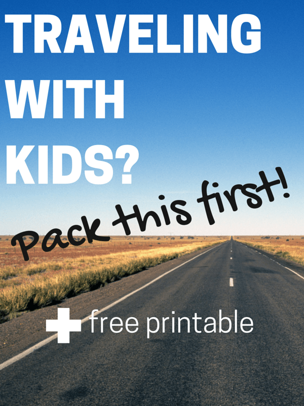 How to Travel With Kids - Hassle Free - find out the best way to travel with kids in peace so you can focus on having fun! See how you need to pack for your trip or vacation with the kids and grab this travel binder printable too!