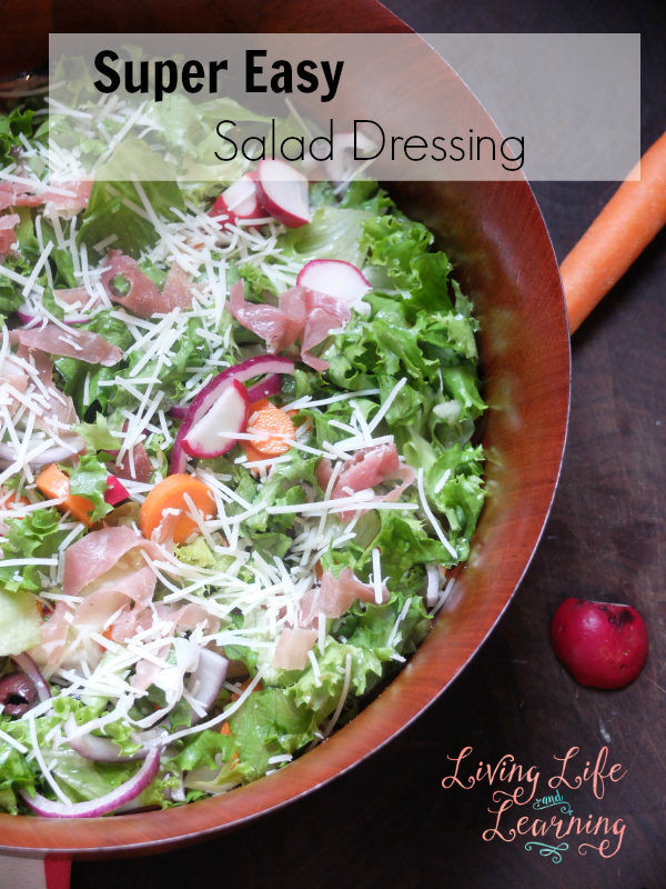 No time to meal plan? Whip up this Super Easy Salad Dressing to jazz up any salad and it will make any salad mouth watering for the whole family.
