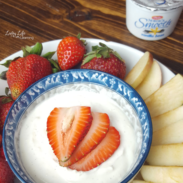 Delicious vanilla fruit dip recipe your family will love
