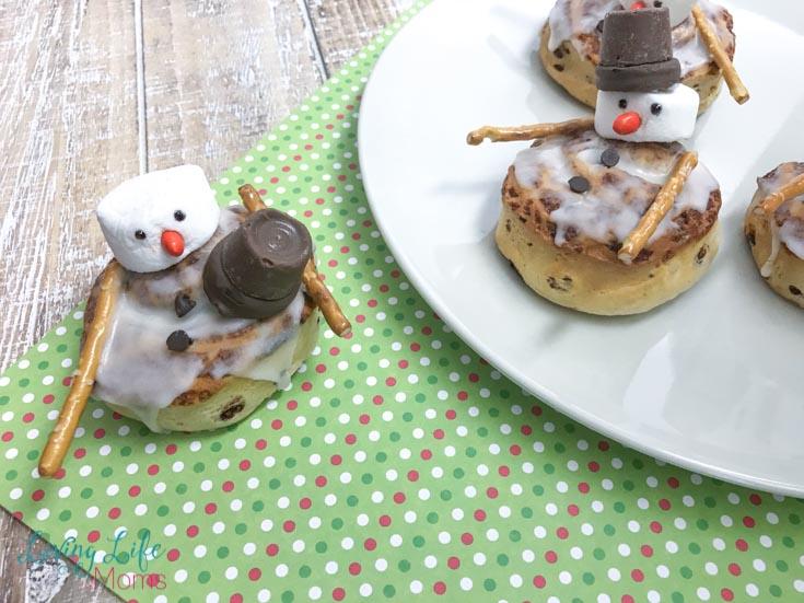 snowman cinnamon buns