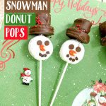 These Snowman Donut Pops are a simple and fun holiday treat that the entire family will love! No baking required, you'll fall in love with the taste and look of these edible snowmen! #snowman #donuts #ovenfree #holidaytreats #Christmas