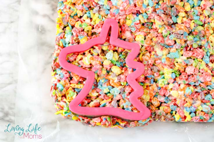 simple unicorn rice Krispy treat