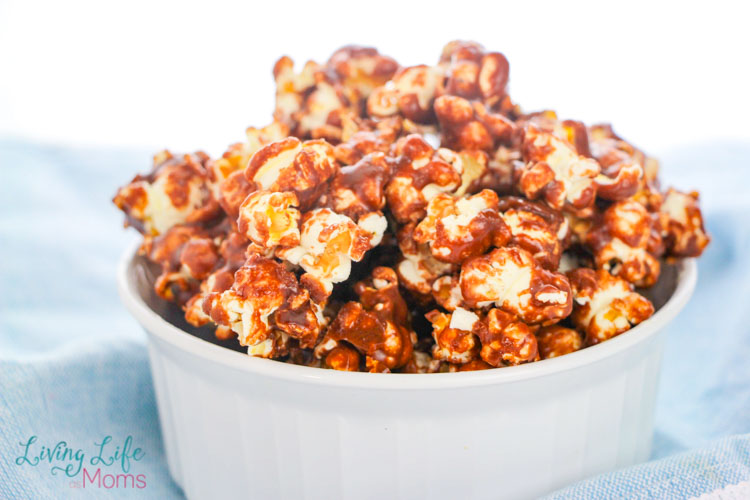 Nutella popcorn in a dish