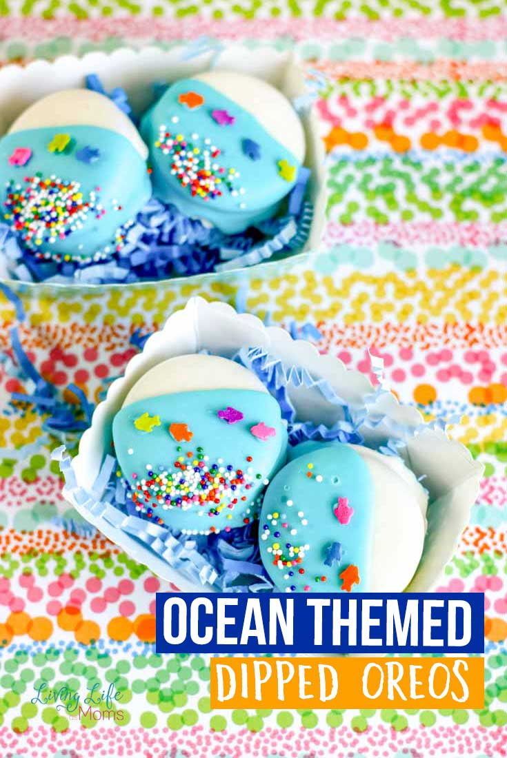 Adorable Ocean themed dipped Oreos for any ocean lover