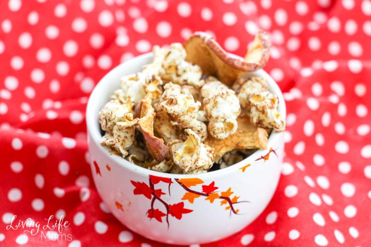 simple apple cinnamon popcorn in a bowl