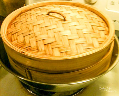 Bamboo steamer to steam the coconut pandan stick rice